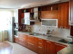Современная угловая кухня, цвета итальянский орех.